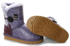 UGG 5803 Purple Phoenix Tail Bailey Button Boots  $105.02    Product Name: UGG 5803 Purple Phoenix Tail Bailey Button Boots    Product Code: UGG 5803    Color: Purple    Like the Classic Short, the Womens Bailey Button is a calf-height boot made from genuine Twinface sheepskin. We've updated this traditional style with a wooden UGG® logo button and elastic band closure. The Bailey Button can be worn up or cuffed down adding a little variety depending on your style. All boots in our Classic…