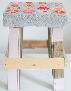 Fuente: http://woodwoolstool.blogspot.ie/2013/09/pink-popular.html