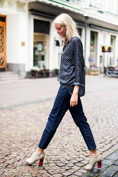 Blouse from Zara (old), denim and heels från Acne Studios. 11 augusti, 2015 Av Ellen Claesson