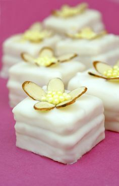 EASY White Chocolate Raspberry Petit Fours - made with Duncan Hines Frosting Creations @Duncan Hines