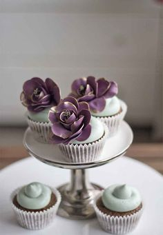 chocolate and coconut cupcakes with sugar flowers