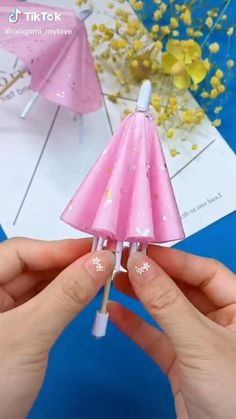 Diy Crafts Hacks, Diy Crafts For Gifts, Diy Home Crafts, Creative Crafts, Diy Projects, Cool Paper Crafts, Paper Crafts Origami, Fun Crafts, Crafts For Kids