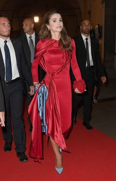 Forget Fashion Week — Queen Rania Put on Her Own Runway Show in ...