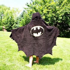 Oh my, I'm going to do this for my little guy...so cute (and probaby way cheaper than the PBK towel)! #Batman