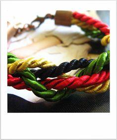 Little Woman bracelet