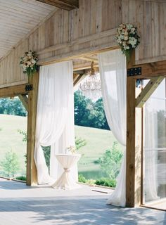 Rustic elegance: http://www.stylemepretty.com/2014/11/06/rustic-elegance-in-nashville-tennessee-at-mint-springs-farm/ | Photography: Jessica Lorren - http://www.jessicalorren.com/
