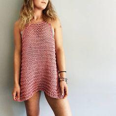 Crochet Tank Tops, Knitted Tank Top, Knit Tops, Débardeurs Au Crochet, Crochet Bikini, Diy Tank, Diy Shirt, Loose Tank Tops, Easy Knitting Patterns