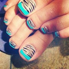Turquoise & Zebra Print - Not a fan of toe nail art but this would be cute on finger nails. Love Nails, How To Do Nails, Fun Nails, Pretty Nails, Style Nails, Pretty Toes, Pedicure Designs, Toe Nail Designs, Nails Design