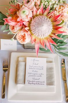 Protea centerpiece   Workshop Hosting, Styling, Design + Florals: Hey Gorgeous Events - heygorgeousevents.com   Photography: Bradley James Photography - bradleyjamesphotography.com   Floral Assistance: Bows & Arrows - bowsandarrowsflowers.com Read More: http://www.stylemepretty.com/little-black-book-blog/2014/06/03/trouvaille-workshop-wedding-inspiration/