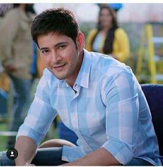Mahesh Babu Wallpapers, Black Wallpapers Tumblr, Telugu Hero, Indian Star, Wood Stars, Actors Images, Real Hero, Super Star, Telugu Movies