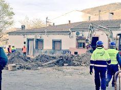 Una tubería rota provoca corrimientos y el desalojo de varias viviendas en La Guardia