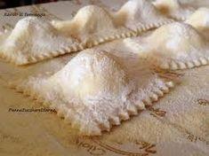 Sardegna, ricetta, cucina, ravioli, pasta, casalinghi, cipolla, farina, ricette,Sardegna: Ravioli di cipolla, semolino, pecorino, formaggio, sale, uova