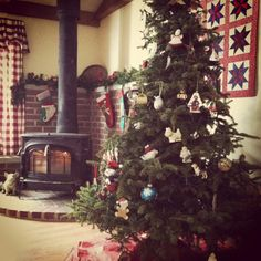 Cinnamon rolls, and wood stoves, and pine. Oh Christmas don't be late!