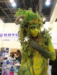 Stunning body art by bodypainter Pashur at IMATS Los Angeles using #Aquacolor, #AirStreamMakeup and #Artex. Make-up Is A Science
