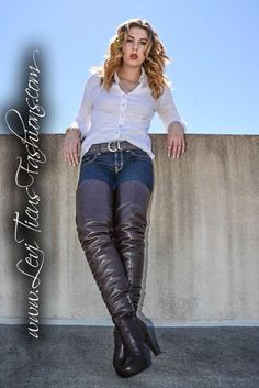 """😊 😊 """"Get on your hands & knees at my feet Mark Shavick! Beige Boots, High Leather Boots, Black Boots, Boots And Leggings, Dress With Boots, Jeans And Boots, Sexy Boots, Tall Boots, Long Boots"""