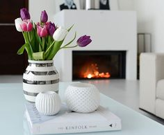 """Mi piace"": 5,544, commenti: 35 - Piia (@piiatuuli) su Instagram: ""Good morning saturday ❤️ Sun is shining . . . #saturday #tulips #gm #goodmorning #hyväähuomenta…"""