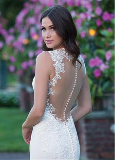Chic Polka Dot Tulle & Satin V-Neck Neckline Sheath Wedding Dresses With Lace Appliques
