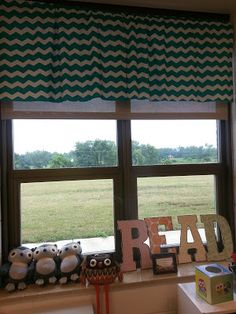 Making Cheap Blinds: Want to do this in my new room! Cheap Blinds, Cheap Curtains, Valance Curtains, Classroom Environment, Classroom Themes, Classroom Organization, Classroom Management, Classroom Curtains, Teachers Week