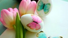 Looking for Easter egg decorating ideas? If you're looking for fun and easy Easter crafts and ideas on how to decorate Easter eggs, this is the list for you