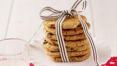 Leaving some cookies for Santa? Why not bake some delicious chocolate chip cookies on Christmas eve? Christmas Recipes, Christmas Eve, Mixed Nuts, Vanilla Essence, Dried Fruit, Delicious Chocolate, Pistachio, Tray Bakes, Cooking Time