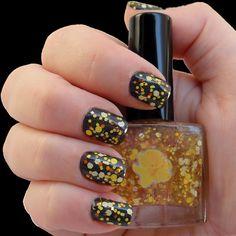Daffodil Nail Polish - Glamour Shot!!
