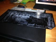[Report]PS4 Might Be Leaking Liquid As Well - http://www.worldsfactory.net/2014/01/01/report-ps4-might-be-leaking-liquid-as-well