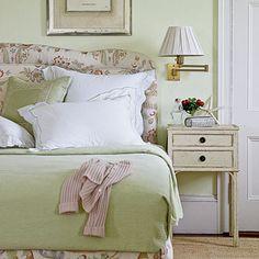 Bermuda villa bedroom | Coastalliving.com