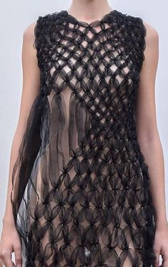 Ideas For Fashion Design Inspiration Haute Couture Fabric Manipulation 3d Fashion, Fashion Details, Trendy Fashion, Womens Fashion, Fashion Design, Dress Fashion, Origami Fashion, Sculptural Fashion, Mode Inspiration