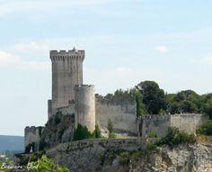 Chteau de Beaucaire - partiellement restauré le château médiéval en France