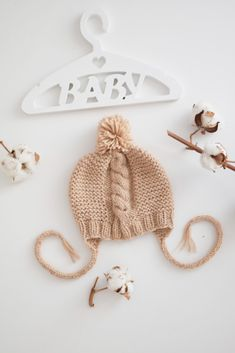 Baby bonnets knitted, Beige knit hat for newborns, girl beanie, boy hat, knitting cap pom pom, baby shower gift (for age 0-3 months)