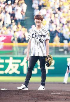 170602 - Kookie about to throw the first pitch at Hanshin Koshien Stadium. What did the world do to deserve this precious bunny :')