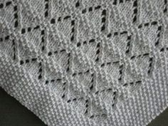 Ravelry: Annerosemary's Moving molehills – Knitting patterns, knitting designs, knitting for beginners. Lace Knitting Patterns, Knitting Stitches, Knitting Designs, Knitting Projects, Baby Knitting, Stitch Patterns, Knitted Baby Blankets, Ravelry, Baby Baby