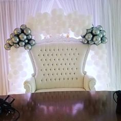 winterwonderland balloon arch Balloon Arch, Balloons, String Of Pearls, Accent Chairs, Furniture, Home Decor, Upholstered Chairs, Globes, Decoration Home