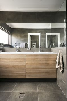 Vanity in polytec RAVINE Natural Oak