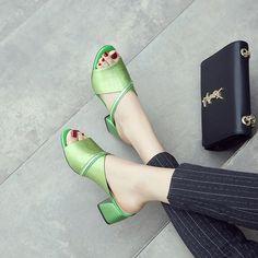 #chiko #chikoshoes #handbags #fashion #fashionable #style #lookbook #fall #winter #autumn #new #best #streetstyle #chic #trend #streetfashion #sandals #slides #flatforms #metallic #trendy #summer #2018 #spring #stylish #green