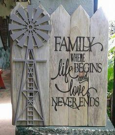 Barn Wood Crafts, Farm Crafts, Diy Crafts, Windmill Wall Decor, Windmill Decor, Diy Wood Projects, Diy Projects To Try, Rustic Farmhouse Decor, Rustic Decor
