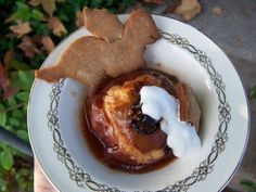 Baked apple with Michaelmas dragon cookie