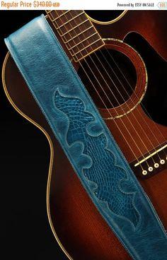 Leather and Wood  от signaturemb на Etsy