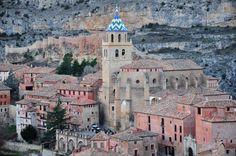 Albarracín al suroeste de la provincia de #Teruel en #Aragón. Propuesta para ser declarada Patrimonio de la Humanidad por la UNESCO por su belleza y su patrimonio, su conjunto histórico está considerado como bien de interés cultural.