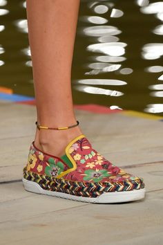 Tommy Hilfiger at New York Fashion Week Spring 2016 - Details Runway Photos