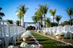casamento-economico-sao-paulo-ao-ar-livre-estilo-americano-damas-vestidos-iguais-decoracao-com-flores (7)