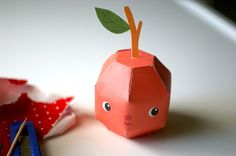 Arthur Apple - Printable PDF paper craft.