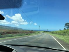 I LOOOOOOVE this drive to Haleiwa! Kind of reminds me of home(Texas), which doesn't sound right, I know. But being outside the city like this always makes me smile.