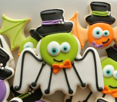 COOKIE CUTTER HACK: Silly Spider and Bat Cookies; snowman, baby rattle and bat cutters