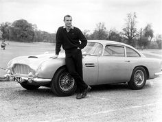 Aston Martin DB5 et Sean Connery