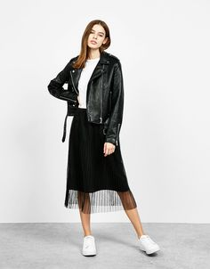 Pleated midi skirt with tulle and a stretch waist - Skirts - Bershka Qatar