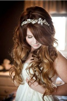 The Amazing Long Wavy Wedding Hairstyle with a Diamond Headband for Ombre Hair