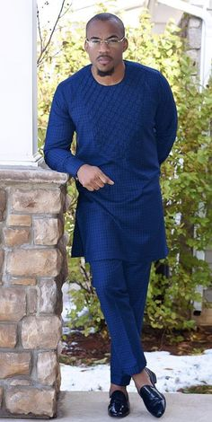 Nigerian men fashion - Latest Native Styles For Couples African Wear Styles For Men, African Shirts For Men, African Dresses Men, African Attire For Men, African Clothing For Men, Nigerian Men Fashion, African Print Fashion, Mens Fashion, Costume Africain