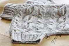 Garn: Drops nepal, Angora tweed.  Stickstorlek: 4-5