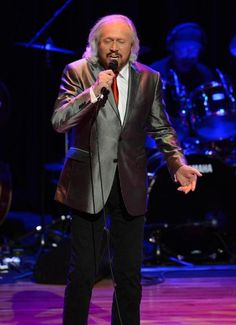Bee Gee Barry Gibb comes to the TD Garden Thursday to celebrate the legacy of his late brothers Maurice, Robin, and Andy with a career-spanning set.